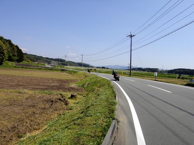 10風車へ.JPG