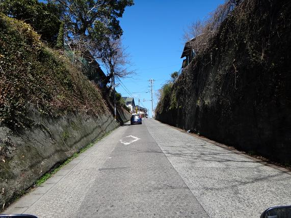 11 田舎街の路地.JPG