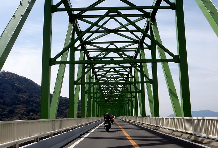 12 トラスがカッコイイ大島大橋.JPG