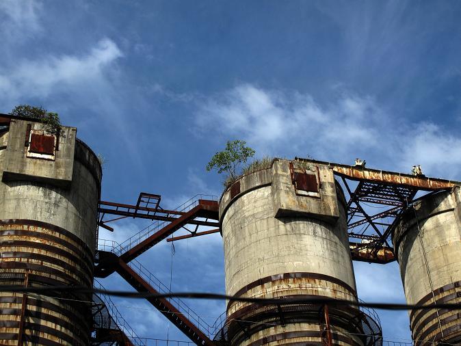 12 廃墟の巨塔.JPG