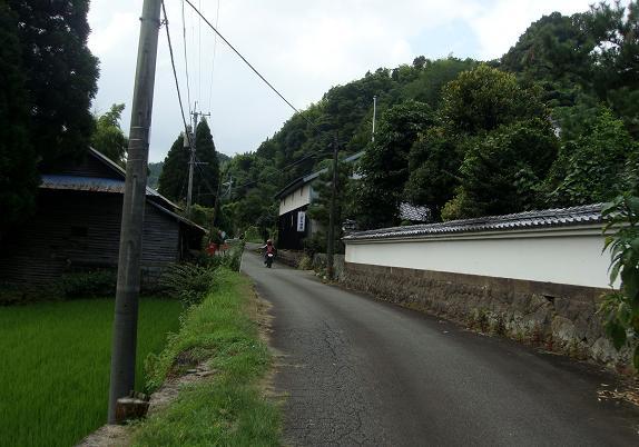 15 集落の道.JPG