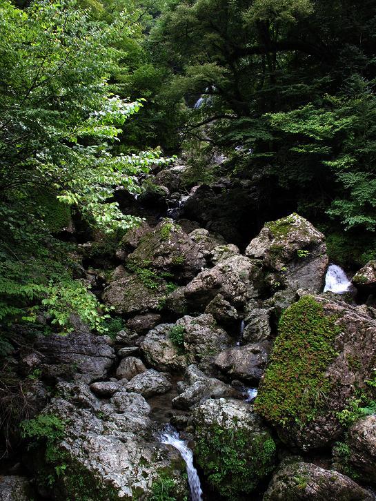 16 大河内荒滝.JPG