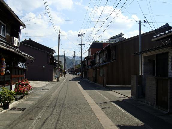 17 敦賀の路地は素適です.JPG