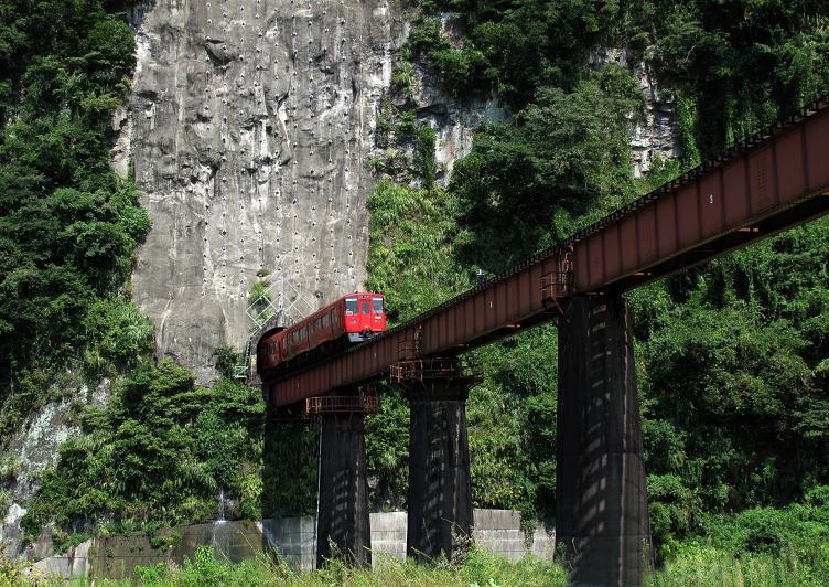 18 鉄道の見所一極集中ポイント.JPG