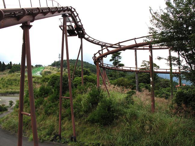22 ジェットコースターの廃墟.JPG