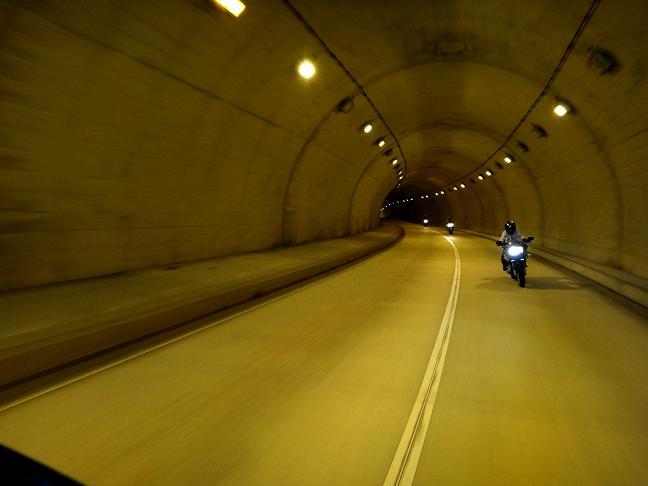 22 トンネル.JPG