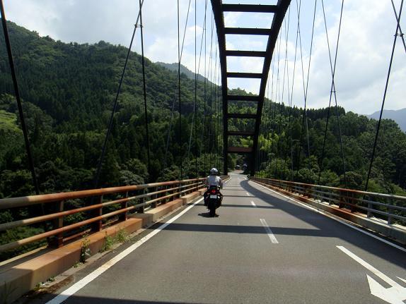 23 この橋はメチャ高いぞ.JPG