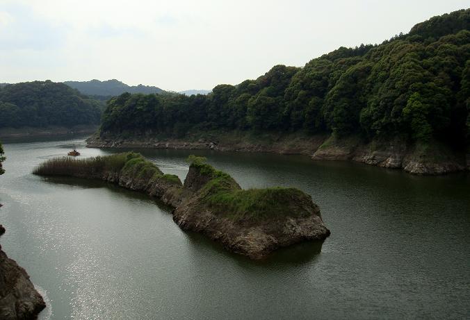 26 入り組んだダムです.JPG
