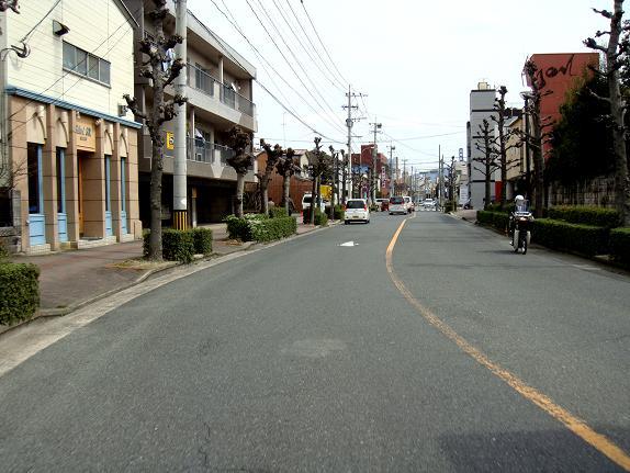26 飯塚の街へ.JPG