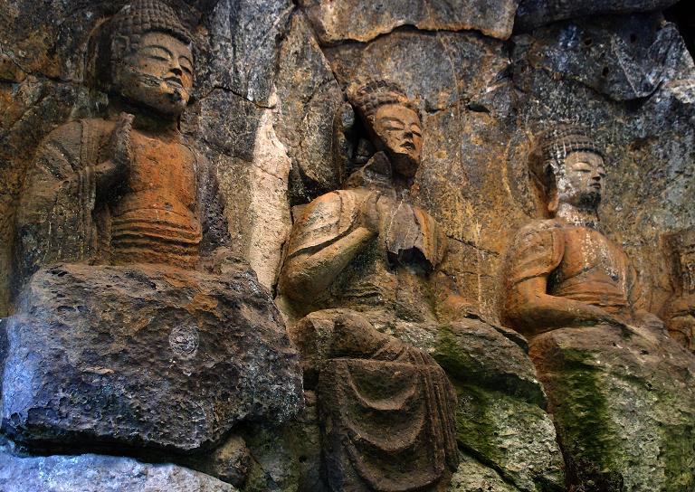 31 大分の代表的な石仏.JPG
