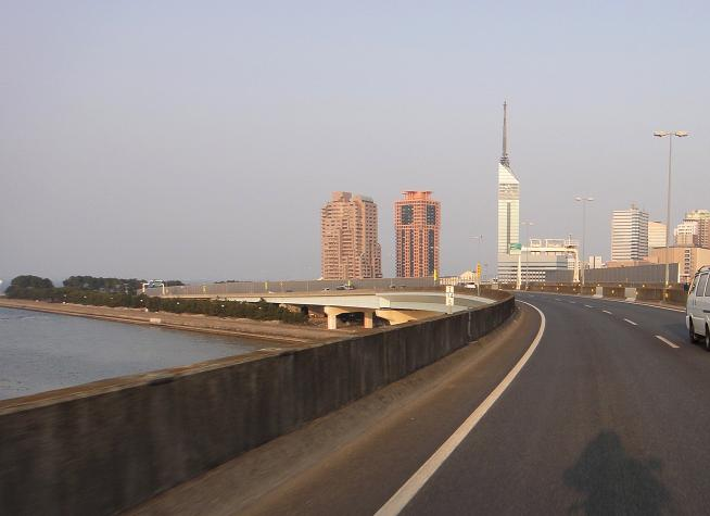 31 福岡都市高へ.JPG