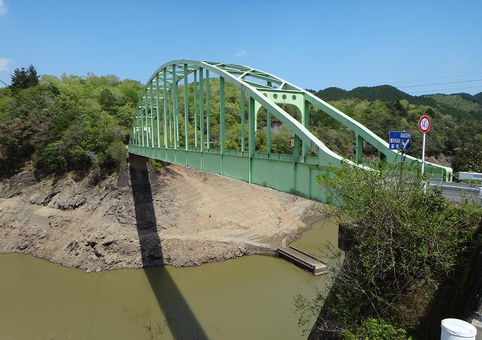 42 小さいけどカッコイイ鉄橋.JPG