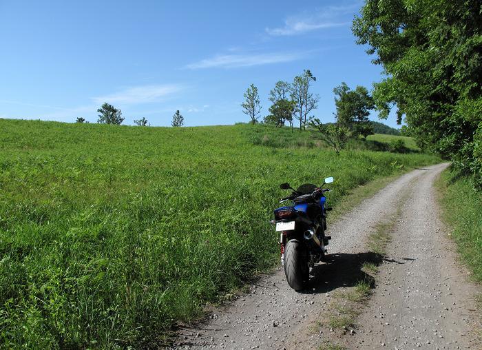 今日からオマエはオフロードバイクだ.JPG