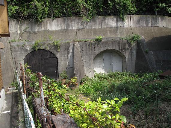 地下壕.JPG