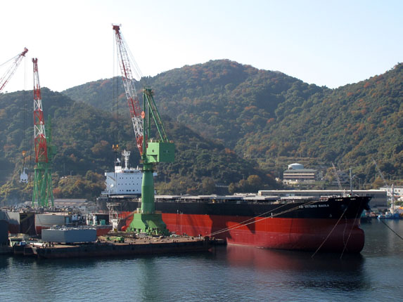 巨大タンカー.jpg