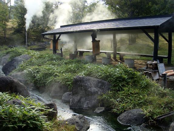 温泉で休憩.JPG