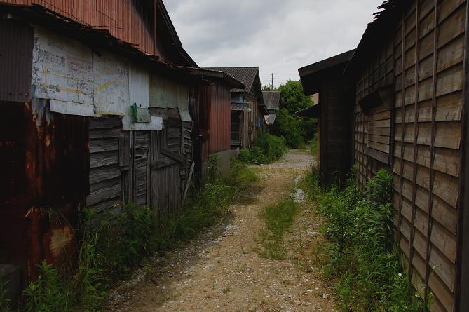 炭住の路地.JPG