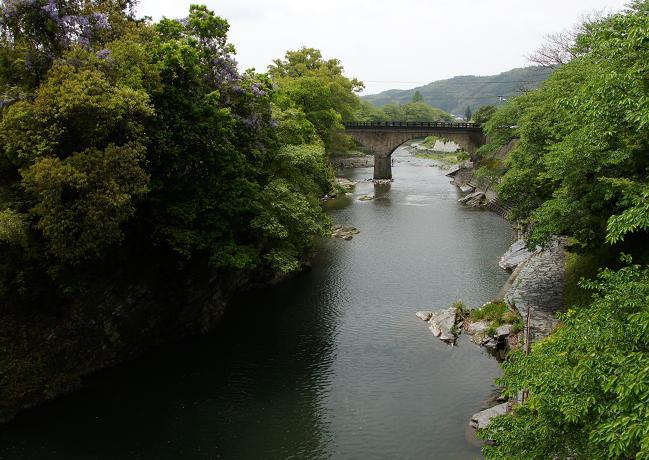 石橋の街 黒木.JPG