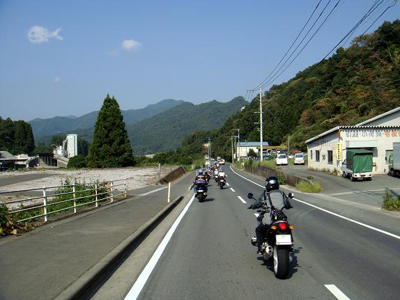 道の駅やよいを目指しています.JPG