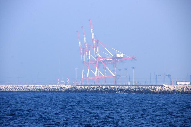 響灘コンテナ.JPG