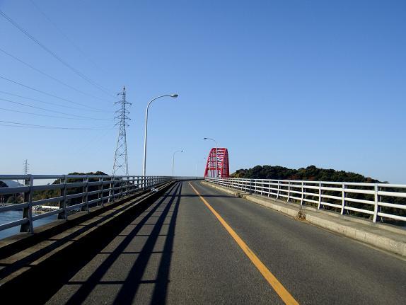 7、橋を渡ると当たり前だけど対岸です.JPG