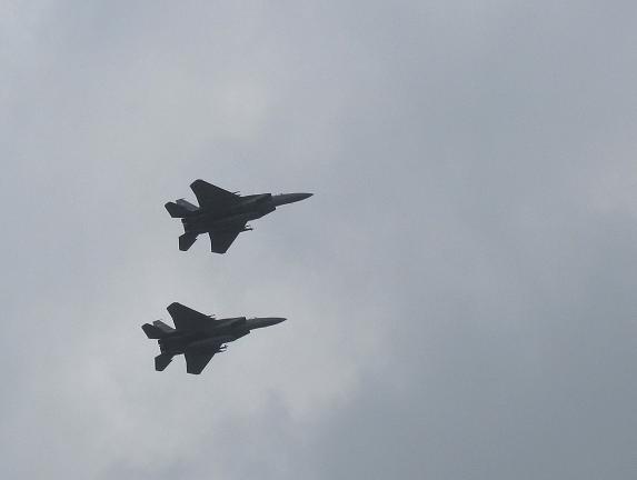 F15×2.JPG