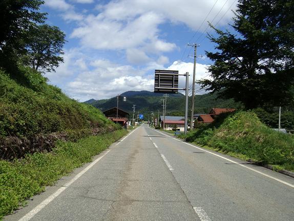 16 村を通過.JPG