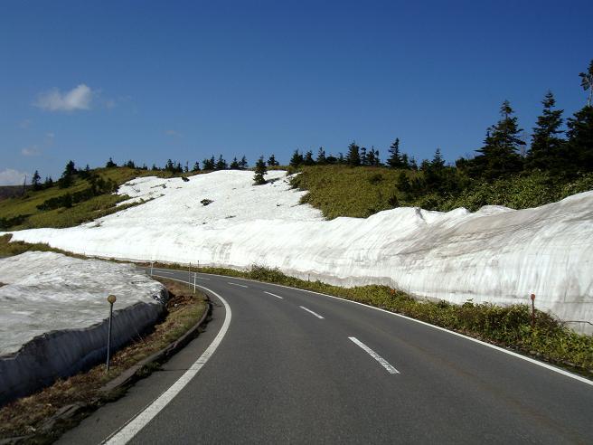 18 雪の壁はここまで小さくなりました.JPG