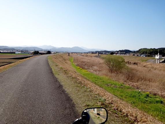 1 田川のショートカット道からスタート.JPG