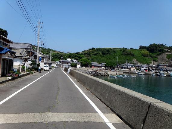 22 漁港で行き止まりみたいです.JPG