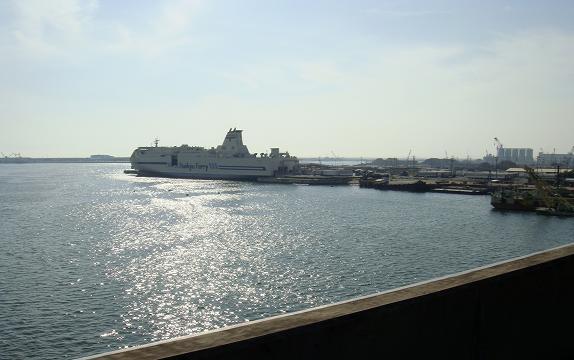 44 船が僕の帰りを待っています.JPG