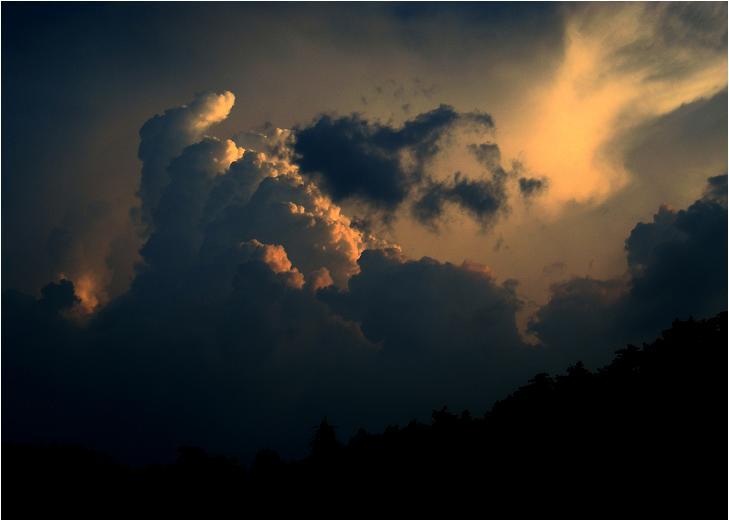 47 拳に見える雲で終了.JPG