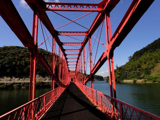 めがね橋と呼ばれています.JPG
