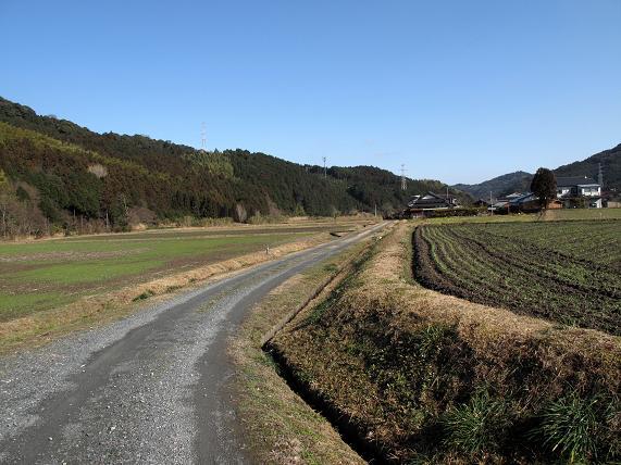下山すると小春日和の快晴です.JPG