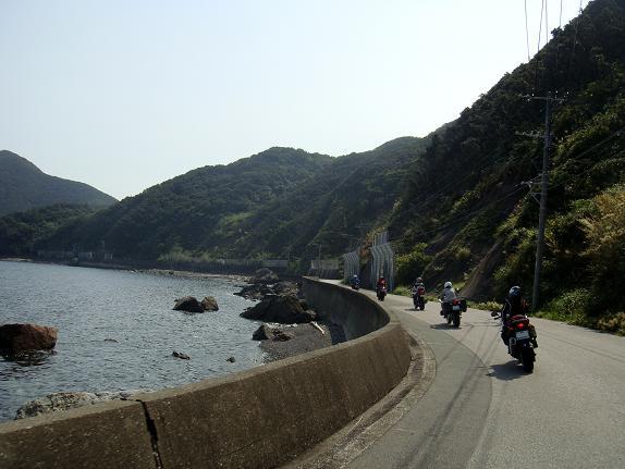 岬までの道.JPG