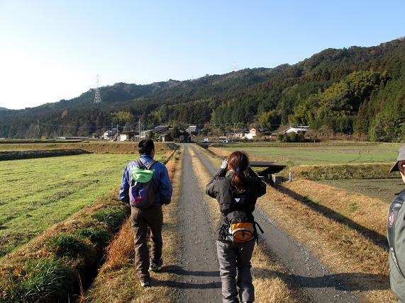田舎道をあるく.JPG