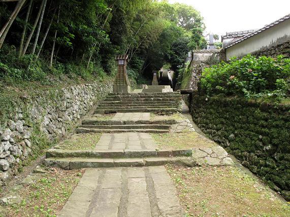 1このくらいの階段ならどうにか・・・.JPG